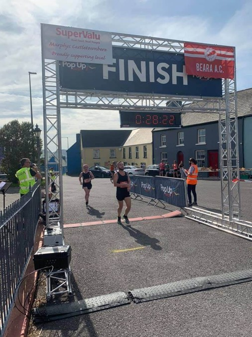 gary scully heart of allihies 5 mile winner 2020 photo pop up races